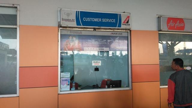 https: img-o.okeinfo.net content 2019 11 09 609 2127653 batal-berangkat-loket-sriwijaya-air-dan-nam-air-dirusak-penumpang-3djm6T7nIb.jpg
