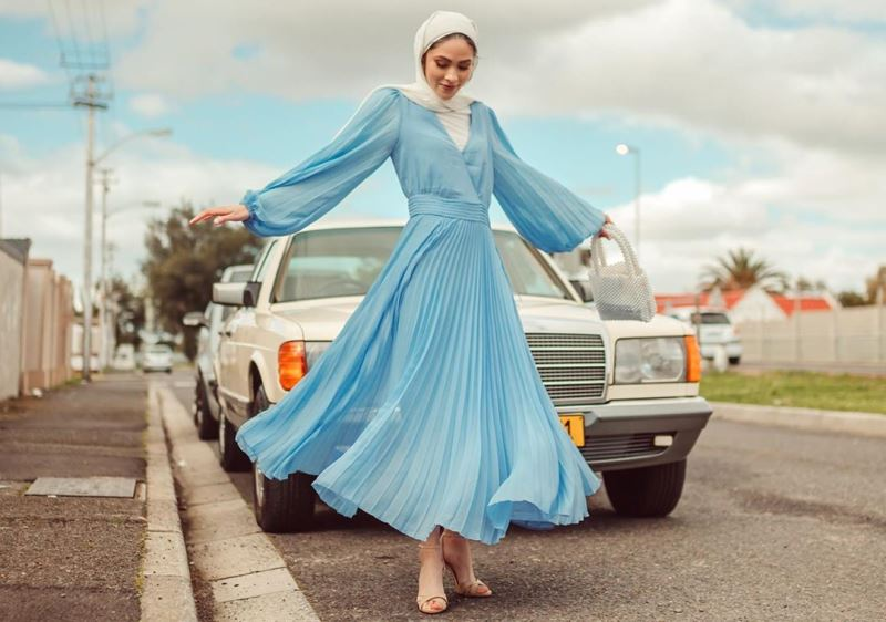 https: img-o.okeinfo.net content 2019 11 12 617 2128696 4-gaya-hijabers-bernuansa-biru-yang-bikin-penampilan-makin-cantik-jBR8iEx3tn.jpg