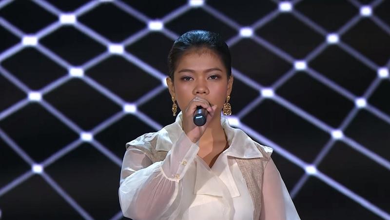 https: img-o.okeinfo.net content 2019 11 13 598 2129229 masuk-spektakuler-ainun-dapat-wejangan-khusus-dari-juri-indonesian-idol-AE2TH8fHzI.jpg