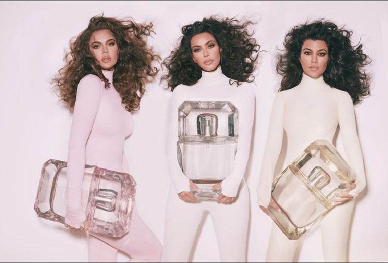 https: img-o.okeinfo.net content 2019 11 13 611 2129541 khloe-kourtney-dan-kim-kardashian-bongkar-aroma-parfum-favorit-rO5HNyB0Wt.jpg