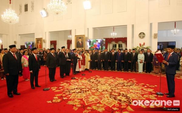 https: img-o.okeinfo.net content 2019 11 14 320 2129827 presiden-jokowi-kabinet-indonesia-maju-jauh-lebih-kompak-QaKgplR2EK.jpg