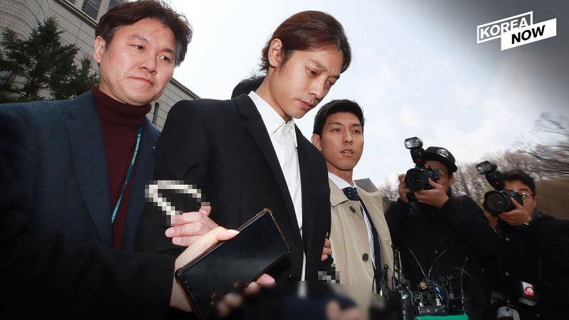 https: img-o.okeinfo.net content 2019 11 15 33 2130210 sebar-petisi-publik-berupaya-hukuman-jung-joon-young-dan-choi-jong-hoon-diperberat-EY1DgJXJSF.jpg