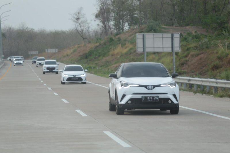 https: img-o.okeinfo.net content 2019 11 15 52 2130122 gali-kemungkinan-model-kendaraan-baru-rombongan-prinsipal-toyota-jelajah-lintas-jawa-sW3xSg1jgi.jpg