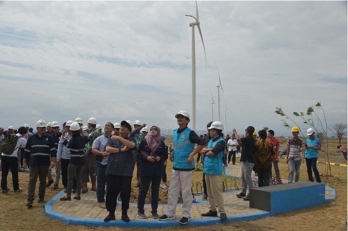 https: img-o.okeinfo.net content 2019 11 16 320 2130651 kementerian-esdm-minta-kampus-pacu-penelitian-energi-terbarukan-yP924ukENg.png
