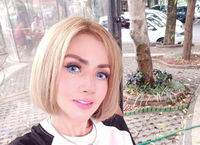 https: img-o.okeinfo.net content 2019 11 18 33 2131107 barbie-kumalasari-sulam-bibir-netizen-mirip-joker-L5GNZGYc6O.jpg