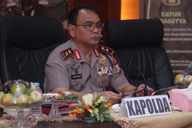 https: img-o.okeinfo.net content 2019 11 18 340 2131507 rapat-rakornas-indonesia-maju-kapolda-kepri-komitmen-ciptakan-pilkada-2020-aman-Dxkr0UHFRA.jpg