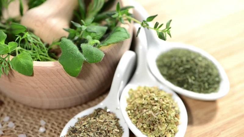 https: img-o.okeinfo.net content 2019 11 18 481 2131301 obat-obatan-herbal-tak-selamanya-baik-untuk-pasien-kanker-ini-kata-pakar-kesehatan-7oXQAay93h.jpg