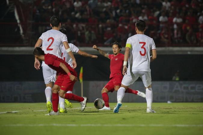 https: img-o.okeinfo.net content 2019 11 19 51 2131671 dari-23-pemain-timnas-indonesia-cuma-irfan-bachim-yang-pernah-bobol-gawang-malaysia-7PXncxvgp9.jpg