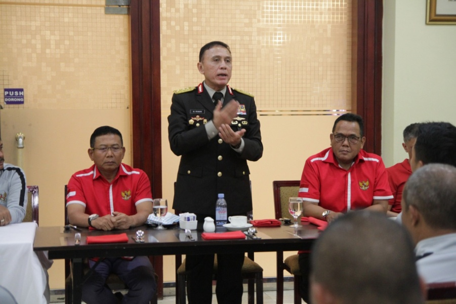https: img-o.okeinfo.net content 2019 11 22 51 2133285 pssi-sudah-laporkan-insiden-pemukulan-suporter-timnas-indonesia-di-malaysia-4PhSqkU88N.jpeg