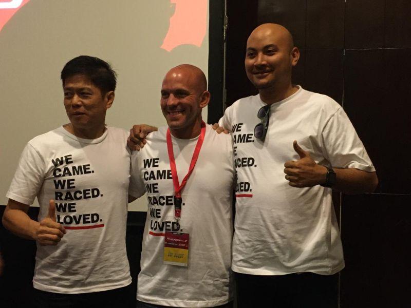 https: img-o.okeinfo.net content 2019 11 25 199 2134063 si-penggila-honda-dari-negeri-paman-sam-yang-kopdar-bersama-komunitas-di-indonesia-43Fg6y9aLu.jpg