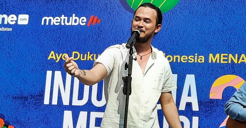 https: img-o.okeinfo.net content 2019 12 01 205 2136588 trio-wijaya-ramaikan-deklarasi-indonesia-menang-di-cfd-fx-sudirman-uHqbAGO672.jpg