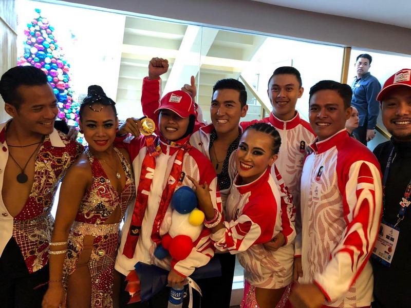 https: img-o.okeinfo.net content 2019 12 02 43 2136796 alasan-emas-indonesia-di-cabor-dancesport-tak-masuk-hitungan-klasemen-medali-CS90sz3UZy.jpg