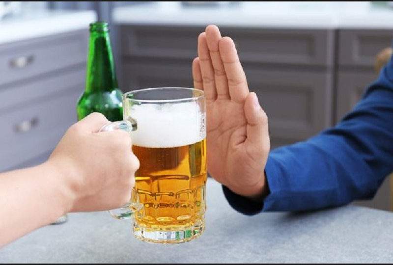 https: img-o.okeinfo.net content 2019 12 02 481 2137097 generasi-milenial-di-negara-maju-tinggalkan-minuman-beralkohol-ini-alasannya-VNU2KhzJ61.jpg