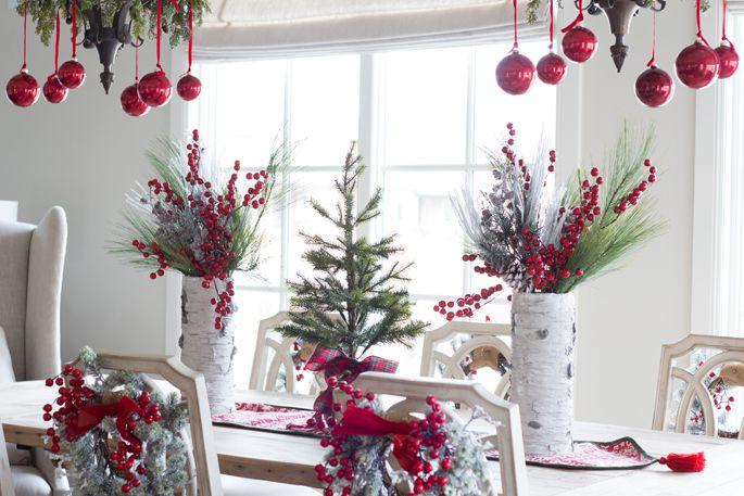 https: img-o.okeinfo.net content 2019 12 04 470 2137799 dekorasi-natal-2019-ubah-tata-meja-makan-dengan-5-sentuhan-ini-O6Kc29Kv4c.jpg