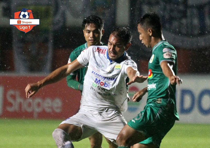 https: img-o.okeinfo.net content 2019 12 07 49 2139214 pss-vs-persib-berakhir-tanpa-pemenang-xQTtDo7iyp.jpg