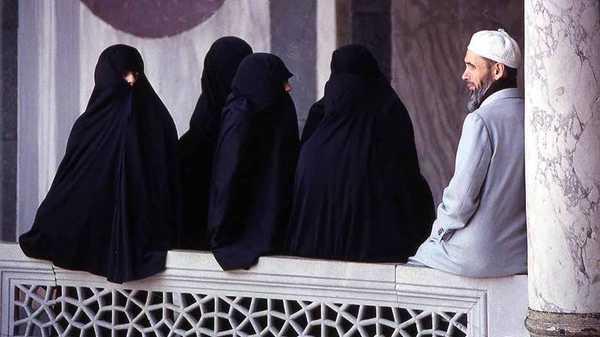 https: img-o.okeinfo.net content 2019 12 09 614 2139671 meski-mayoritas-muslim-di-5-negara-ini-pria-tak-bisa-leluasa-poligami-7oDr3CHSO2.jpg