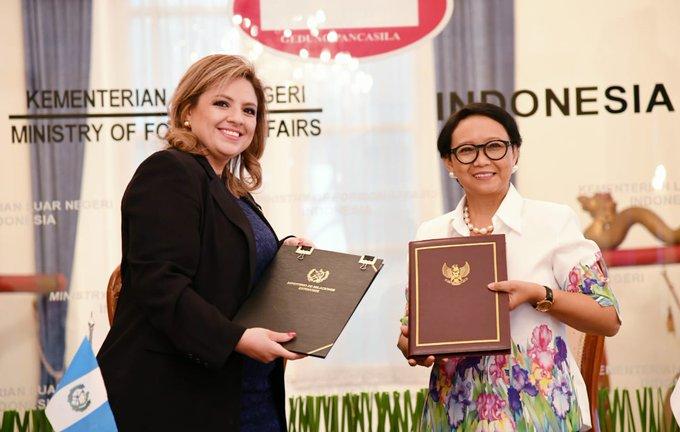 https: img-o.okeinfo.net content 2019 12 10 18 2140216 perkuat-kerja-sama-indonesia-dan-guatemala-sepakati-pembentukan-forum-konsultasi-bilateral-qgyxrCdU6y.jpg