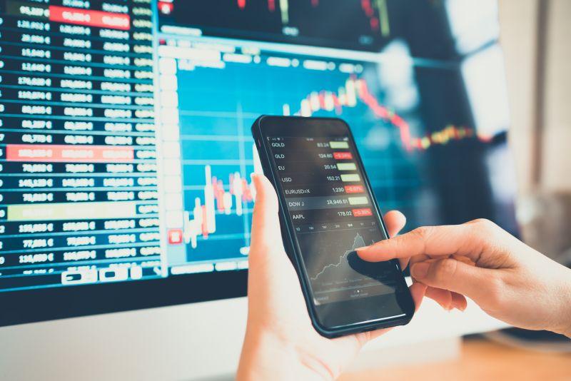 https: img-o.okeinfo.net content 2019 12 10 278 2140322 jumlah-investor-pasar-modal-bakal-meroket-pada-tahun-depan-H88BFB9YbP.jpg