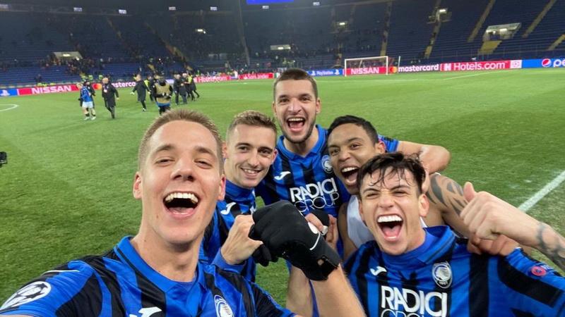 https: img-o.okeinfo.net content 2019 12 12 261 2141073 atalanta-lolos-ke-16-besar-liga-champions-2019-2020-buffon-bahagia-Se40ajPM5y.jpg