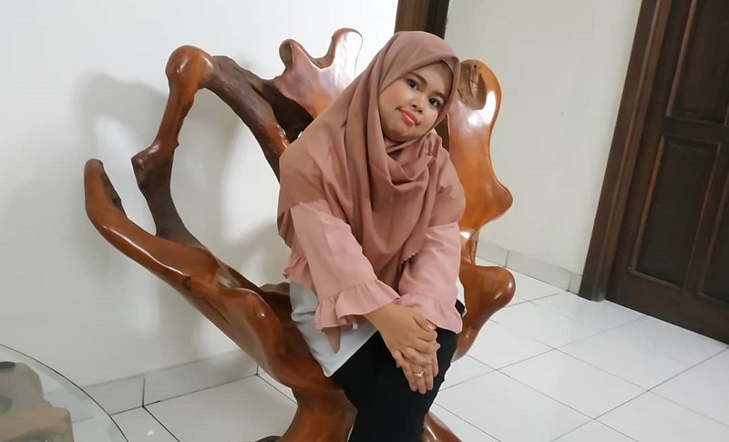 https: img-o.okeinfo.net content 2019 12 15 33 2142114 putus-dari-rio-ramadhan-kekeyi-kepincut-brondong-lagi-Jv7g4e0MTQ.jpg