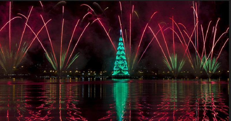 https: img-o.okeinfo.net content 2019 12 17 406 2143134 rio-de-janeiro-kembali-hadirkan-pohon-natal-apung-tertinggi-di-dunia-QwZ2ATQEjS.jpg