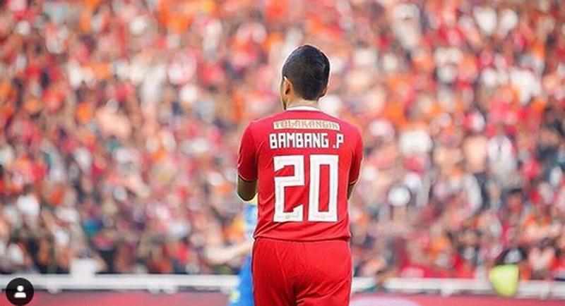 https: img-o.okeinfo.net content 2019 12 18 49 2143260 bambang-pamungkas-pensiun-aji-santoso-ia-inspirasi-banyak-pemain-muda-ImF4GEyAcT.jpg
