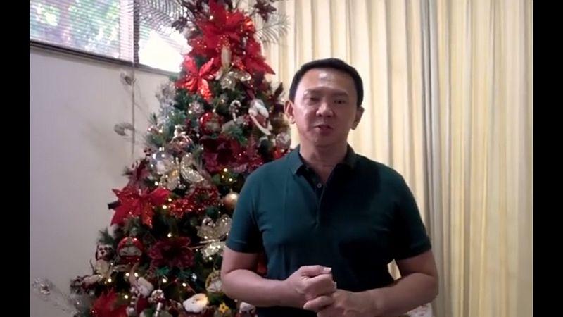 https: img-o.okeinfo.net content 2019 12 25 337 2145839 ahok-selamat-natal-tahun-baru-semoga-membawa-kedamaian-di-bumi-Ru22PKgqPd.jpg