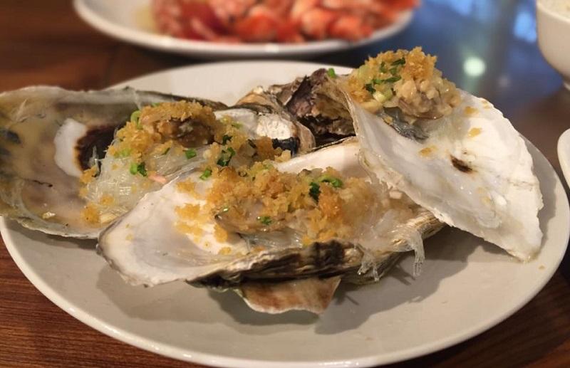 https: img-o.okeinfo.net content 2019 12 26 298 2146401 goyang-lidah-dengan-seafood-bercita-rasa-oriental-di-bali-qBes3CncFv.jpg