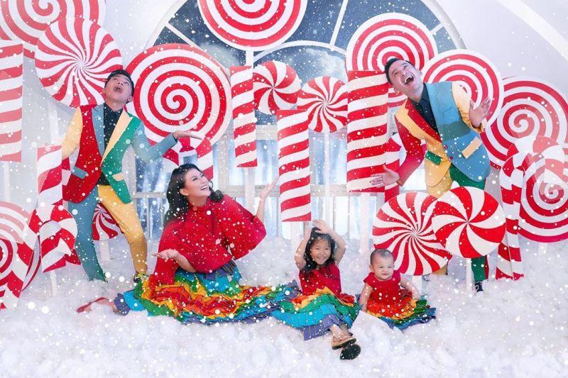 https: img-o.okeinfo.net content 2019 12 26 33 2146283 rayakan-natal-pertama-bersama-keluarga-ruben-onsu-betrand-peto-perfect-ZaWSfYVIJI.jpg