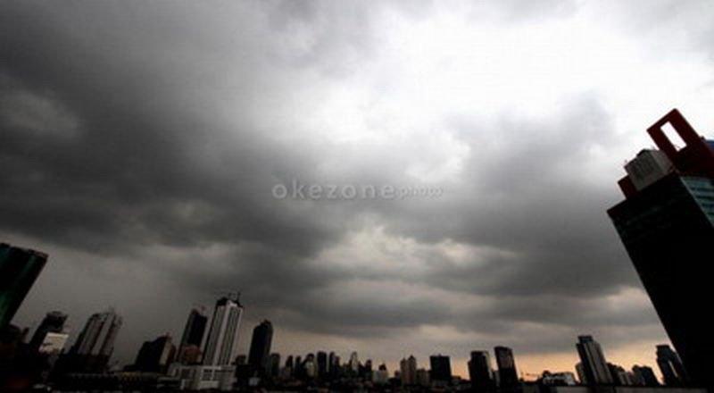https: img-o.okeinfo.net content 2020 01 08 338 2150456 hujan-masih-bayangi-jakarta-sepanjang-hari-ini-x46MbN4pjL.jpg