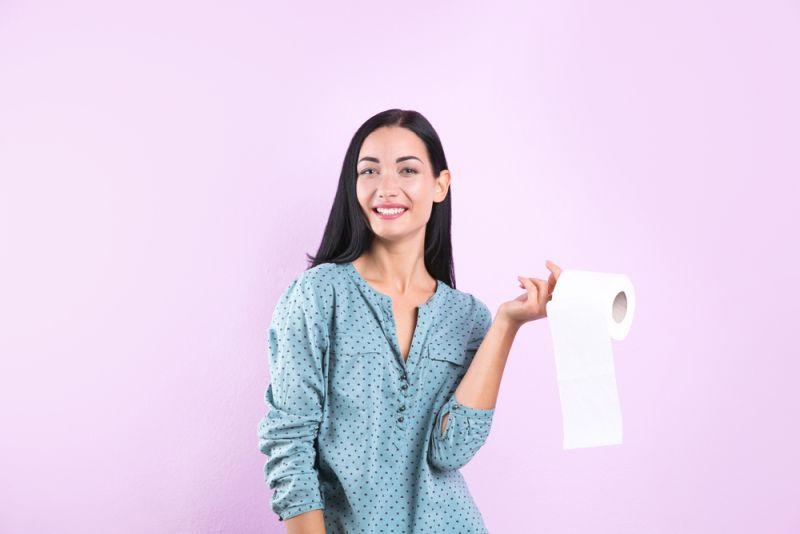 https: img-o.okeinfo.net content 2020 01 13 481 2152220 aneh-banget-ibu-muda-ini-kecanduan-makan-tisu-toilet-setiap-harinya-P8klLjgJTF.jpg