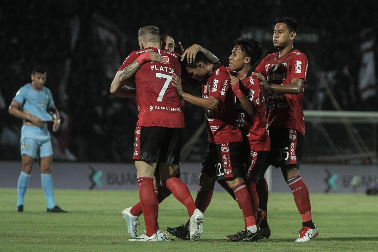 https: img-o.okeinfo.net content 2020 01 14 51 2152915 bali-united-singkirkan-tampines-rovers-dari-liga-champions-asia-2020-2UCgxd3Y24.jpg
