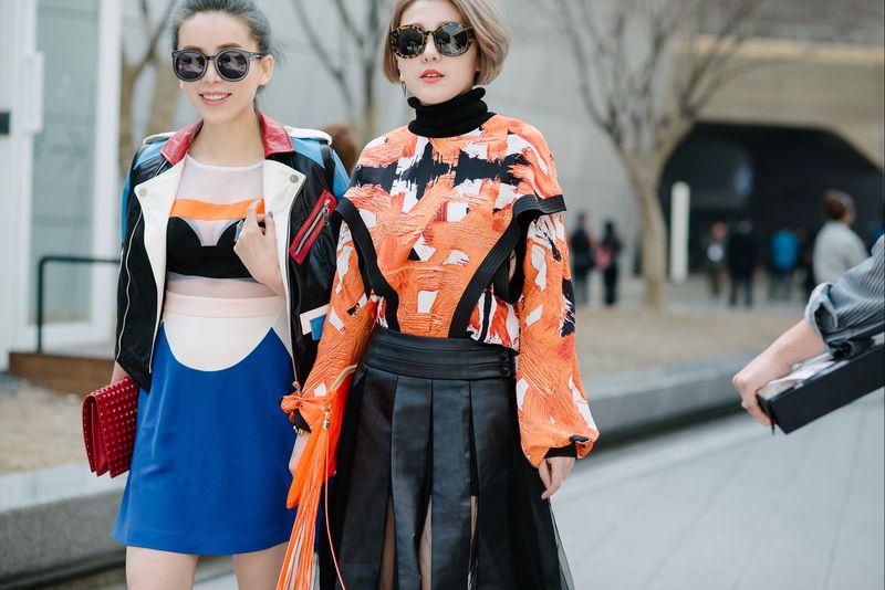 https: img-o.okeinfo.net content 2020 01 16 194 2153936 perubahan-besar-industri-fashion-satu-dekade-terakhir-milenial-pegang-peran-utama-ni9wFESIC8.jpg