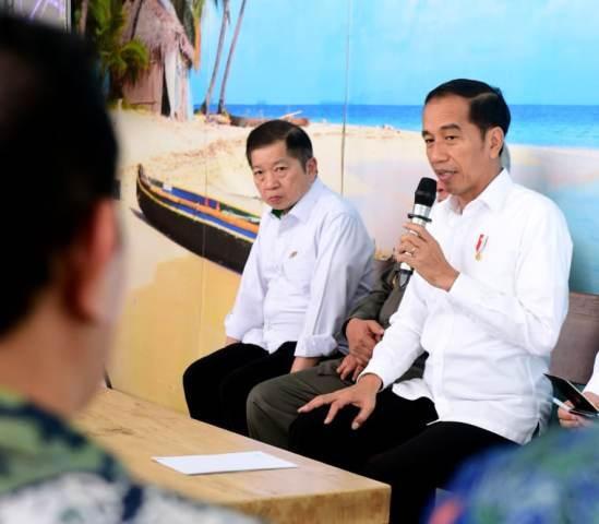 https: img-o.okeinfo.net content 2020 01 16 337 2153473 jokowi-siapkan-100-hektare-lahan-ibu-kota-baru-untuk-bibit-mangrove-5lugjHmji3.jpg