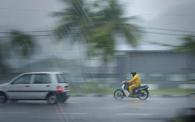 https: img-o.okeinfo.net content 2020 01 17 337 2154053 berikut-daerah-yang-berpotensi-diguyur-hujan-lebat-hingga-sabtu-yy2bVGavPI.jpg
