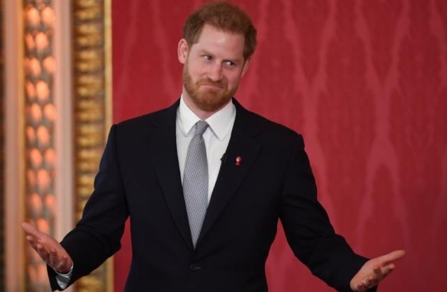 https: img-o.okeinfo.net content 2020 01 21 18 2156203 mundur-dari-kerajaan-inggris-pangeran-harry-mulai-hidup-baru-di-kanada-KVYOFbRySO.jpg
