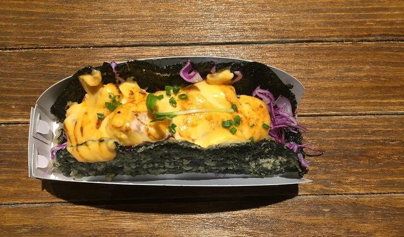 https: img-o.okeinfo.net content 2020 01 23 298 2156980 ini-dia-3-kelebihan-taco-sushi-untuk-kamu-pencinta-kuliner-xS3ZfjDeGP.jpeg