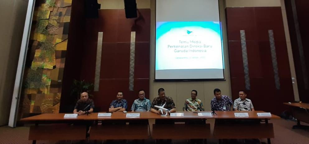 https: img-o.okeinfo.net content 2020 01 23 320 2157396 irfan-setiaputra-bakal-kaji-ulang-anak-dan-cucu-usaha-garuda-indonesia-Sw1sQNHROT.jpeg