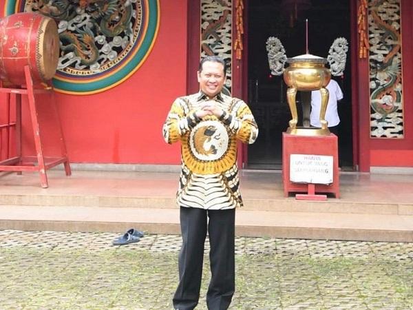 https: img-o.okeinfo.net content 2020 01 25 337 2158332 selamat-tahun-baru-imlek-2020-bamsoet-indonesia-kuat-karena-keragaman-dan-persatuan-bILnlFEOgT.jpg