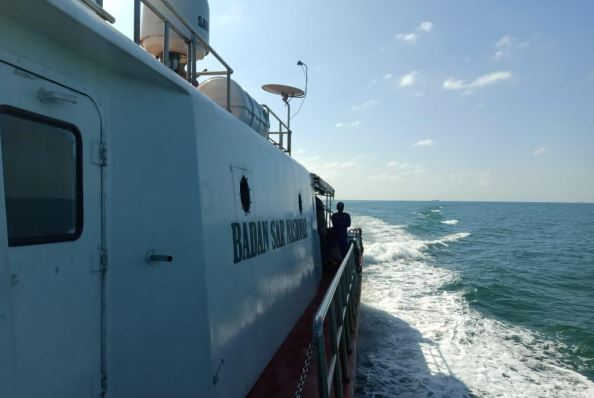 https: img-o.okeinfo.net content 2020 01 26 340 2158524 kapal-pengangkut-tki-ilegal-tenggelam-2-penumpang-diamankan-jcO8m0uDem.JPG
