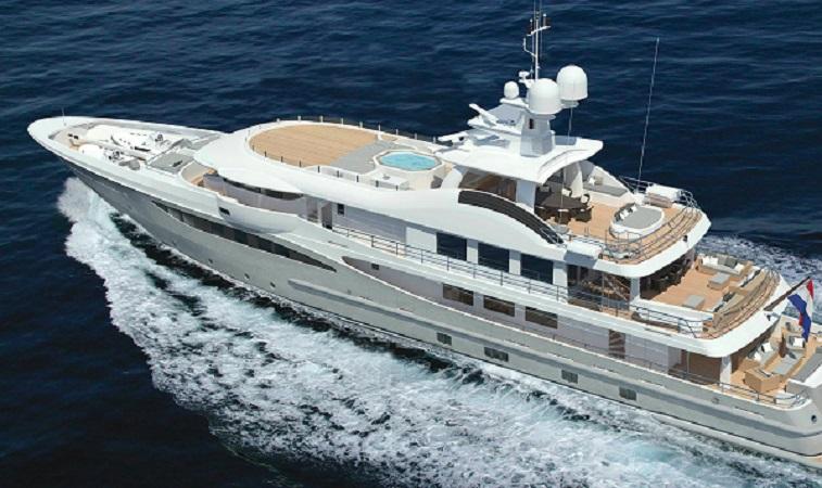 https: img-o.okeinfo.net content 2020 01 27 320 2158863 intip-penampakan-2-kapal-cruise-terbesar-parkir-di-pelabuhan-benoa-UTQCw8KVYu.jpg