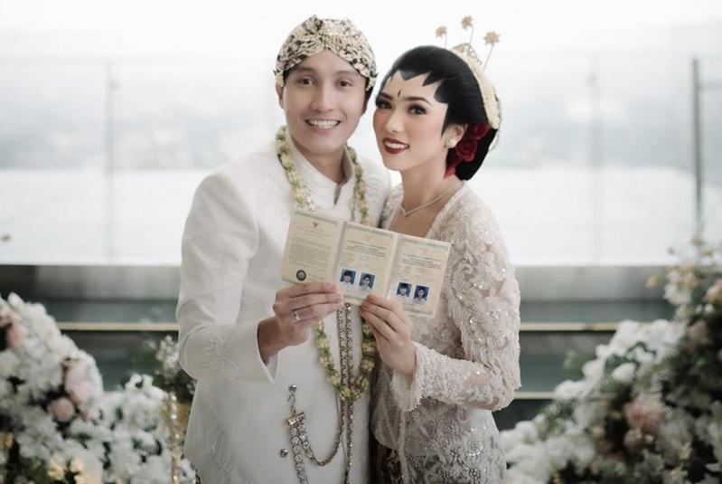 https: img-o.okeinfo.net content 2020 02 04 33 2162936 hot-gosip-mahalini-tersisih-di-indonesian-idol-hingga-alasan-isyana-mau-dinikahi-rayhan-OGmj7MYXZT.jpg