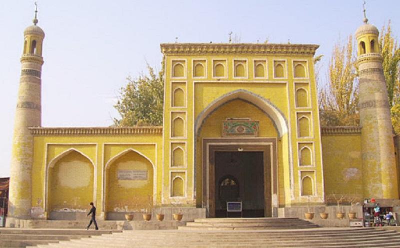 https: img-o.okeinfo.net content 2020 02 05 615 2163697 3-masjid-terpopuler-di-china-nomor-3-tempatnya-muslim-uigur-AbutYXirXi.jpg