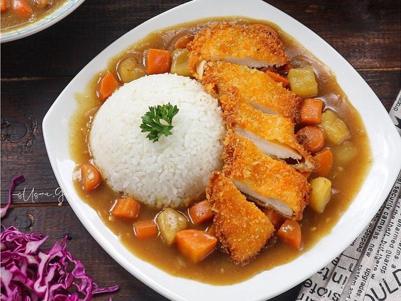 https: img-o.okeinfo.net content 2020 02 10 298 2166393 resep-japanese-chicken-katsu-curry-untuk-makan-siang-tak-perlu-ke-jepang-mLQHrU1YrH.jpg