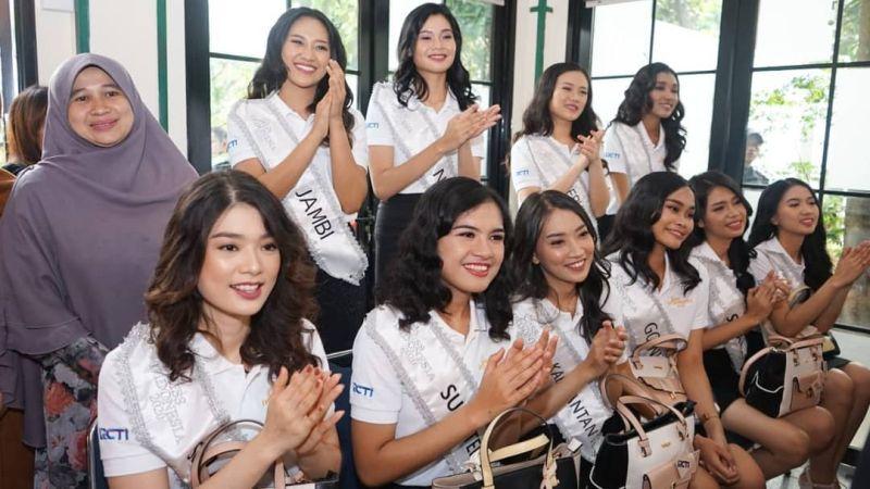 https: img-o.okeinfo.net content 2020 02 13 611 2167711 karantina-miss-indonesia-hari-ke-5-34-finalis-main-ke-panti-asuhan-anak-berkebutuhan-khusus-5x0rlNf5n8.jpg