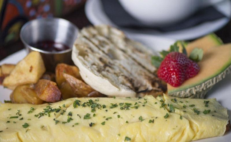 https: img-o.okeinfo.net content 2020 02 15 615 2168854 jalan-jalan-ke-arab-saudi-coba-cicipi-lezatnya-hidangan-di-3-restoran-ini-UzaZobhiP8.jpg