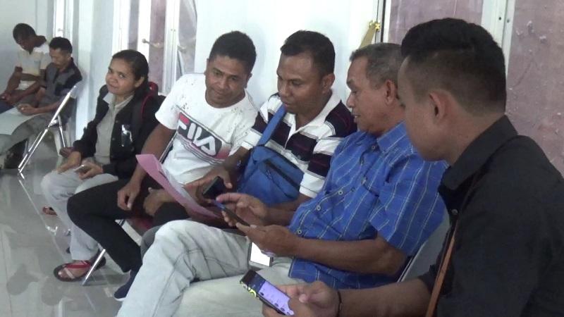 https: img-o.okeinfo.net content 2020 02 16 340 2169147 warga-perbatasan-ntt-timor-leste-siap-ikuti-sensus-penduduk-online-Jm1AvqziwW.jpg