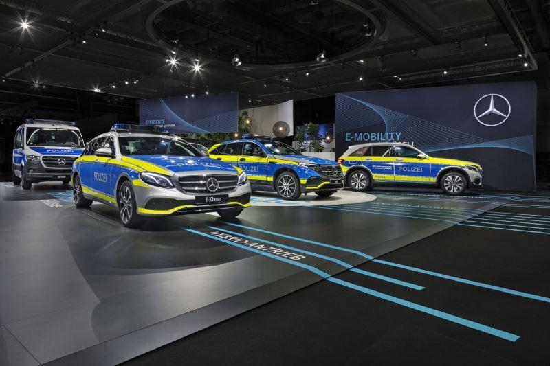 https: img-o.okeinfo.net content 2020 02 19 52 2171172 mobil-polisi-jerman-bakal-tampil-lebih-modern-dengan-teknologi-ini-UDqcICzEVo.jpg