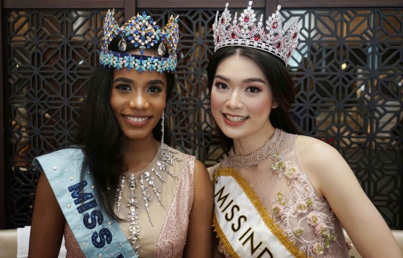 https: img-o.okeinfo.net content 2020 02 21 194 2172338 ungkapan-bahagia-carla-yules-menjadi-miss-indonesia-2020-abj3SHjTOn.jpg