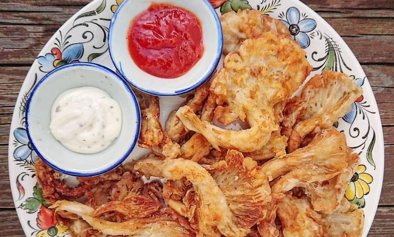 https: img-o.okeinfo.net content 2020 02 21 298 2172360 resep-jamur-crispy-camilan-gurih-kekinian-sc2cBMT17a.jpg